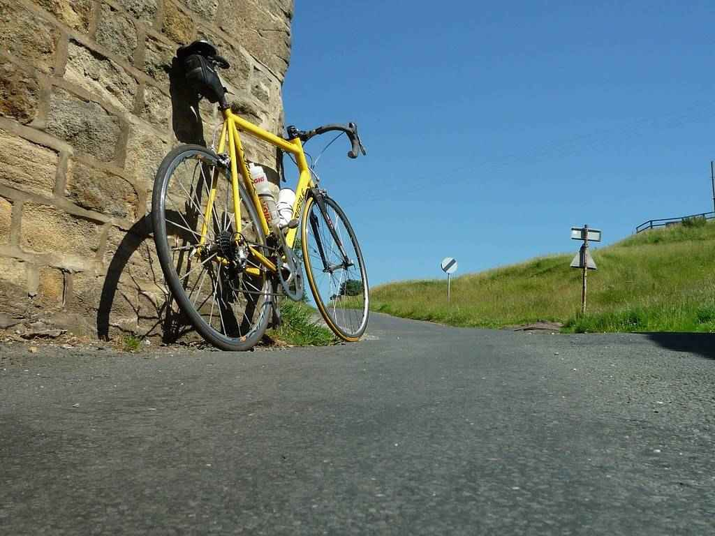 Enjoy one of the beautiful Lake District cycle rides from Moss Wood Caravan Park