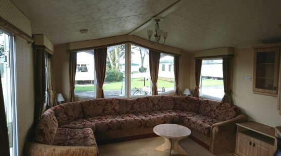 Willerby Leven 2008 living room