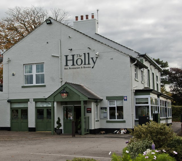 The Holly Bar, Restaurant & Rooms near Moss Wood Caravan Park
