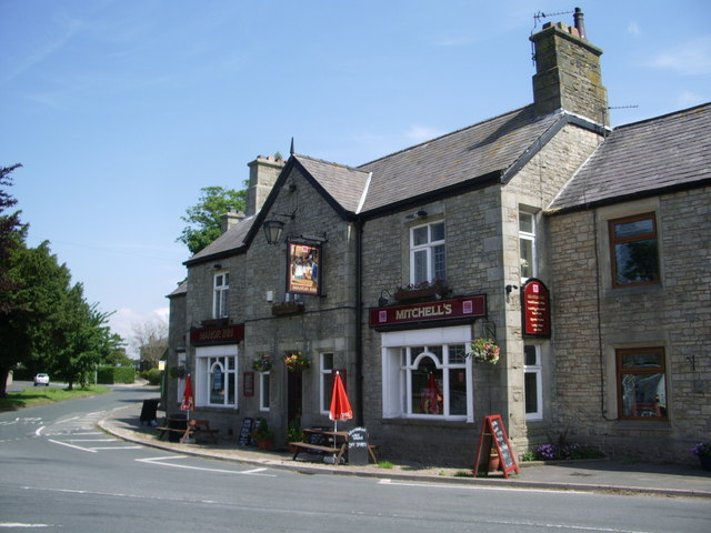 The Manor Inn near Moss Wood Caravan Park