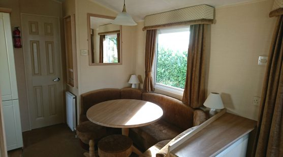 Willerby Leven 2008 dining room