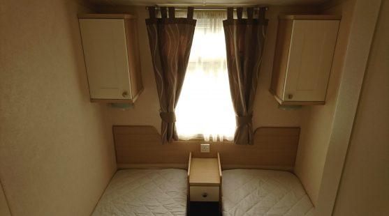 Swift Moselle 2009 twin bedroom