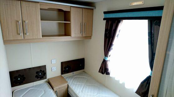 Delta Glade 2011 twin bedroom