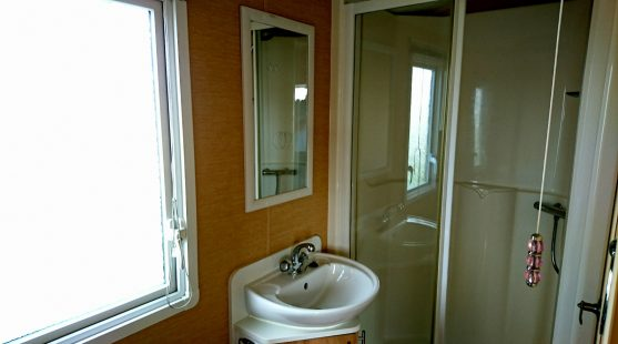Willerby Rio 2010 bathroom