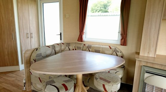 Willerby Rio 2010 dining area